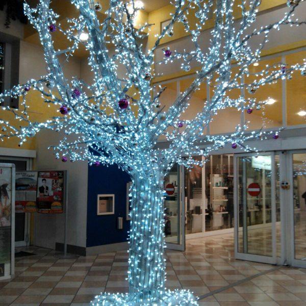 Albero natalizio Centro Commerciale di Rovigo- la Fattoria-